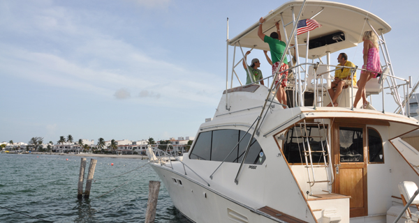 Querida Del Mar 46 Cancun Private Fishing Charter Image Gallery